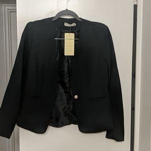 Scallop Cut Short Black Blazer 1 Gold Button Front